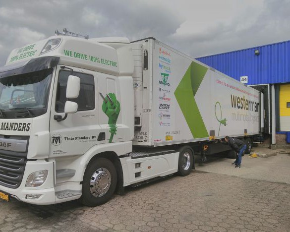 e-Truck: erster vollelektrischer Langstrecken-Intermodal-Transport NL-AT